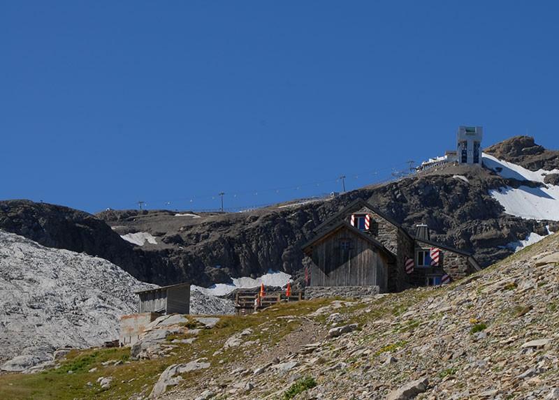 SAC hut Cabane des Diablerets