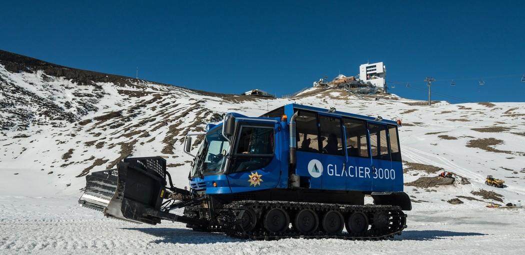 Snow Bus Glacier3000