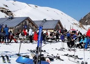 Zeller's Skibar Oldenalp